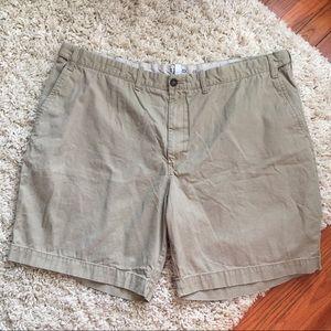 IZOD Saltwater BEIGE Flat front Shorts SIZE:48 TAN